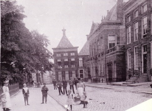Feithhuis omstreeks 1900.