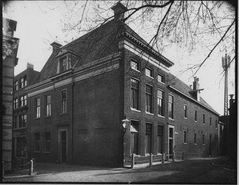 Martinikerkhof11.