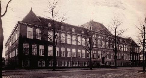 Scheikundig Laboratorium op 23 november 1912 in gebruik genomen
